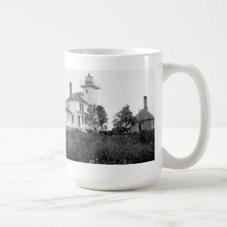 Raspberry Island Lighthouse Coffee Mug