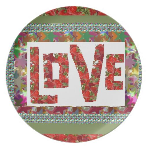 RASPBERRY Love :  Ideal Romantic Gift Party Plates