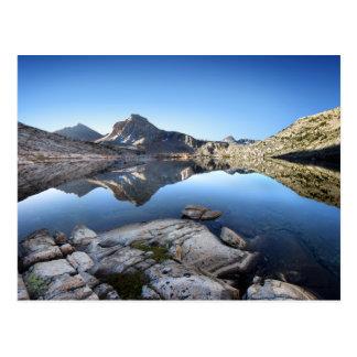 Rastro de John Muir del lago evolution Postales