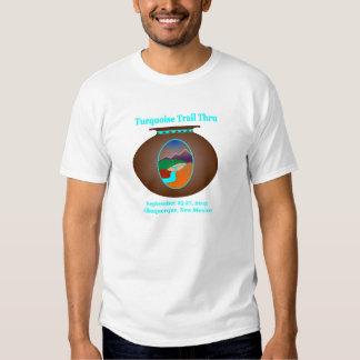 Rastro de la turquesa a través de la camiseta poleras