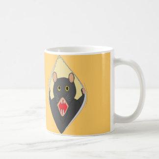 Rat Ripping a mug open.