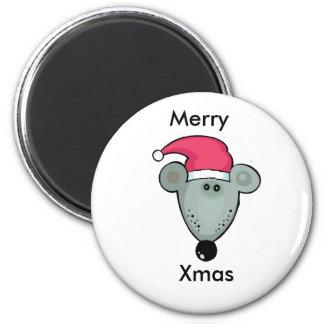 Rata del navidad en el gorra de Santa Imán Redondo 5 Cm