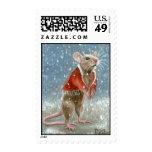 Rata roja del mantón en franqueo de la nieve