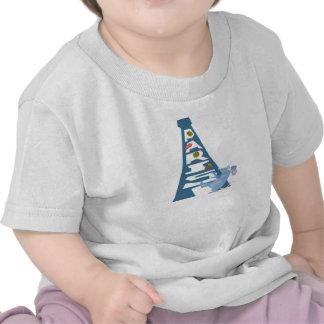 Ratatouille Remy por la torre Eiffel Disney Camisetas