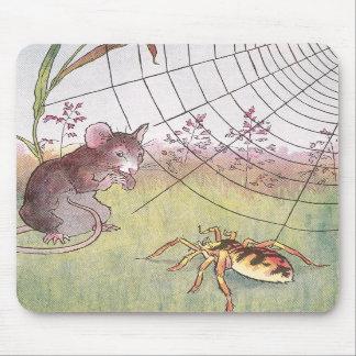 Ratón, araña y Web en el prado Alfombrilla De Ratones