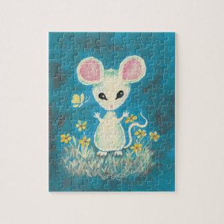 Ratón blanco con las flores y la mariposa amarilla puzzle con fotos