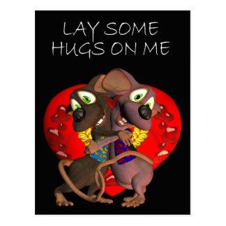 Ratón cariñoso lindo del amor del abrazo de los postales
