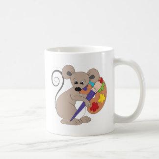 ratón con el pintura-artista tazas