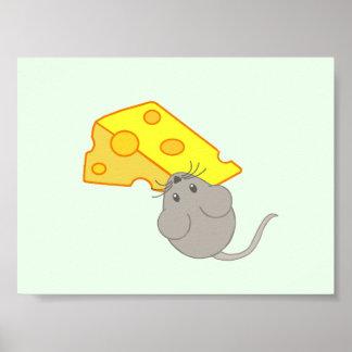 Ratón con queso posters