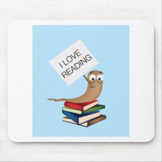 ratón de biblioteca con la muestra alfombrillas de ratón