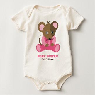 Ratón del bebé de la hermana del bebé en durmiente body para bebé