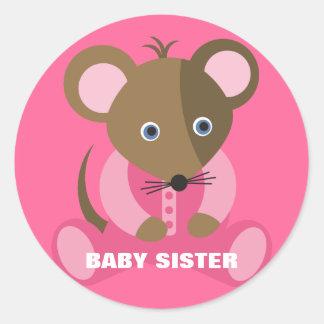 Ratón del bebé de la hermana del bebé en durmiente pegatina redonda
