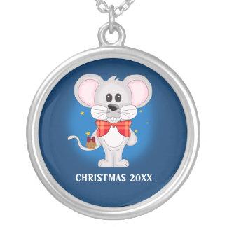 Ratón del navidad con el texto de encargo collar plateado