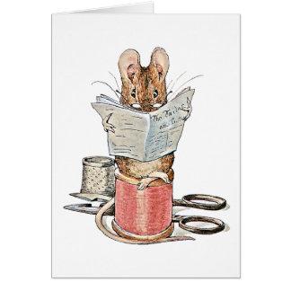 Ratón del sastre en el carrete del hilo felicitación