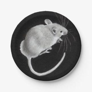 Ratón: Dibujo de lápiz realista: ¡Ratón en una Platos De Papel