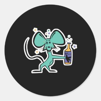 ratón divertido bebido en tequila pegatina redonda