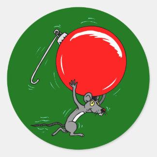 Ratón divertido del navidad pegatina redonda