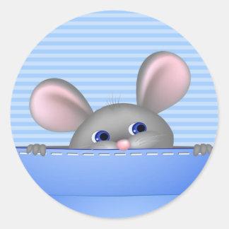 Ratón en bolsillo etiqueta redonda