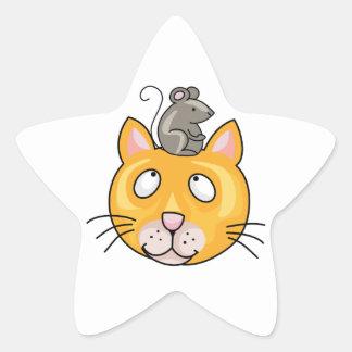 Ratón en la cabeza de los gatos pegatina en forma de estrella