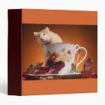 Ratón en una taza de té