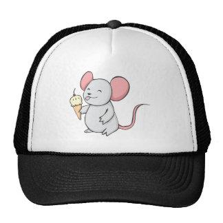Ratón feliz que come el helado gorras