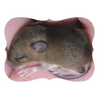 """Ratón minúsculo del bebé con sueños lindos de los invitación 5"""" x 7"""""""