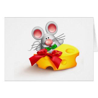 Ratón que come tarjetas de nota del queso