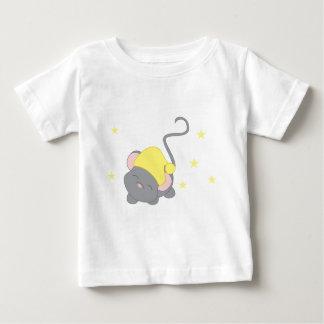 Ratón soñoliento tshirts