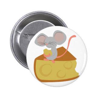 Ratón y queso pin redondo 5 cm