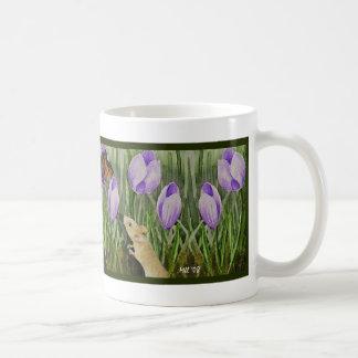 Ratón y taza de las flores