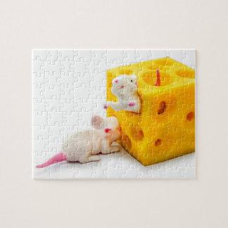 Ratones en rompecabezas divertido de los juguetes