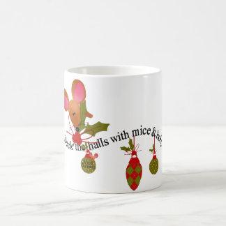 Ratones y acebo tazas de café