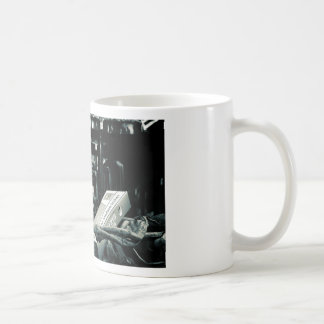 Raucher sterben früher classic white coffee mug