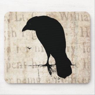 Raven Silhouette - Vintage Retro Ravens Crows Mouse Pad