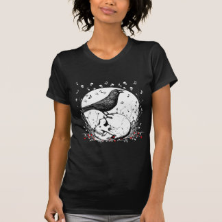 Raven Sings Song of Death on Skull Illustration T Shirt