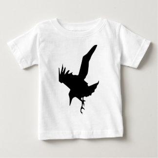 Raven un ave rapaz de Halloween Playera