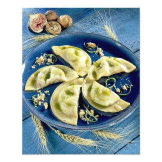 Ravioles con el d'Auvergne de Bleu para el uso en  Impresión Fotográfica