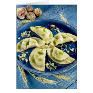 Ravioles con el d'Auvergne de Bleu para el uso en  Tarjetón