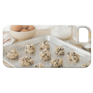Raw cookies on baking tray iPhone SE/5/5s case