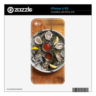 Raw oysters arranged decals for iPhone 4S
