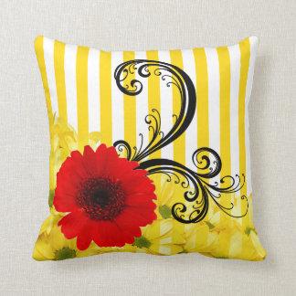Raya amarilla y blanca floral cojín