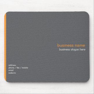 Raya anaranjada simple moderna elegante llana mousepads