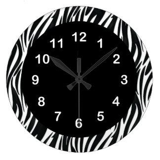 Raya blanca 2 de la cebra del negro del reloj de p