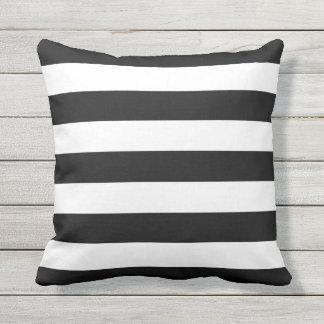 Raya blanco y negro al aire libre cojín decorativo