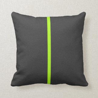 Raya contemporánea gris oscuro de la verde lima cojín