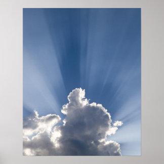 Raya crepuscular o de dios de los rayos más allá d póster