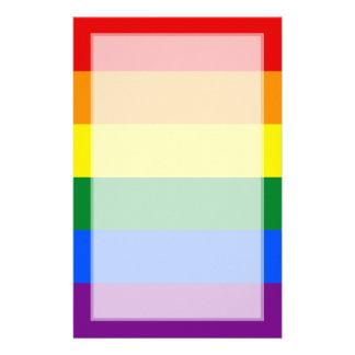 Raya de la bandera del arco iris del orgullo gay d papelería personalizada