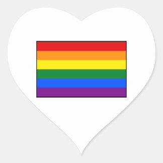 Raya de la bandera del arco iris del orgullo gay pegatina en forma de corazón
