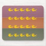 Raya del color del final del metal - pescado del o alfombrilla de raton