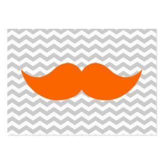 Raya gris de Chevron del bigote anaranjado Tarjeta De Visita